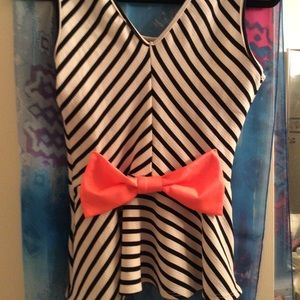 love J Tops - Cute M Stripped Top